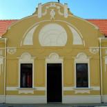 Završeni konzervatorsko-restauratorski radovi na obnovi Doma parohije (Svetosavskog doma ) u Perlezu