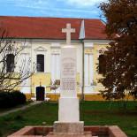 Obnovljen spomenik palim dobrovoljcima  Prvog svetskog rata u Neuzini